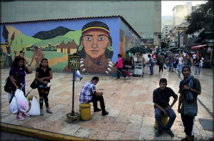 Каракас население