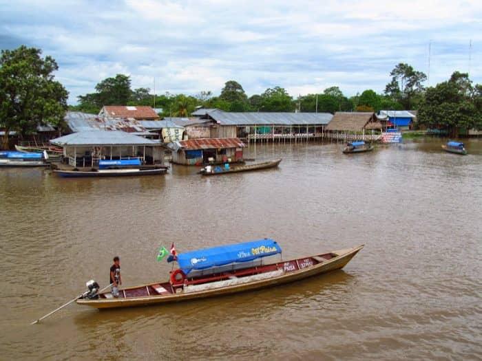 Лодка Колумбия