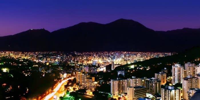 Ночь в Каракасе